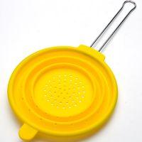 Дуршлаг желтого цвета из силикона 20 см Mayer&Boch, 4433N4