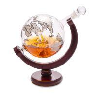 Декантер для виски Balvi Globe 800 мл с деревянной подставкой 27167