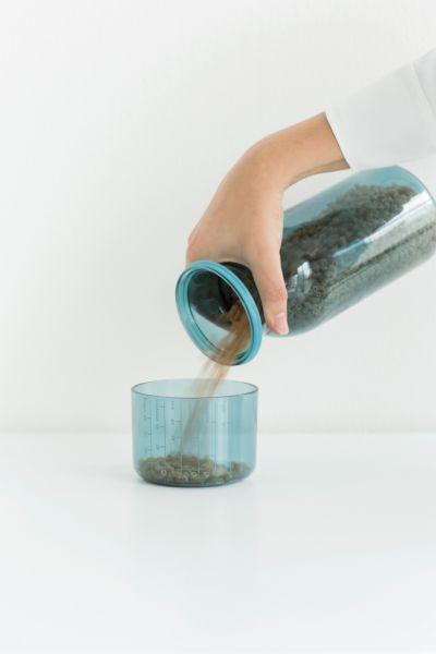 Контейнер с мерным стаканом 1,3л Brabantia, 290183