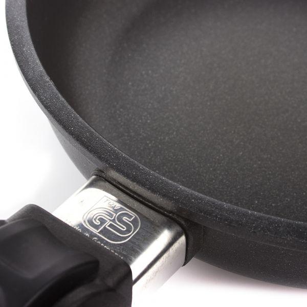 Сковорода 28 см AMT Frying Pans со съемной ручкой AMT528