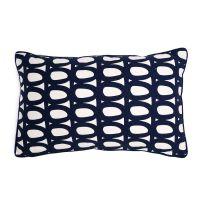 Чехол для подушки с принтом Twirl темно-синего цвета и декоративной окантовкой Cuts&Pieces, 30х50 см TK18-CC0005