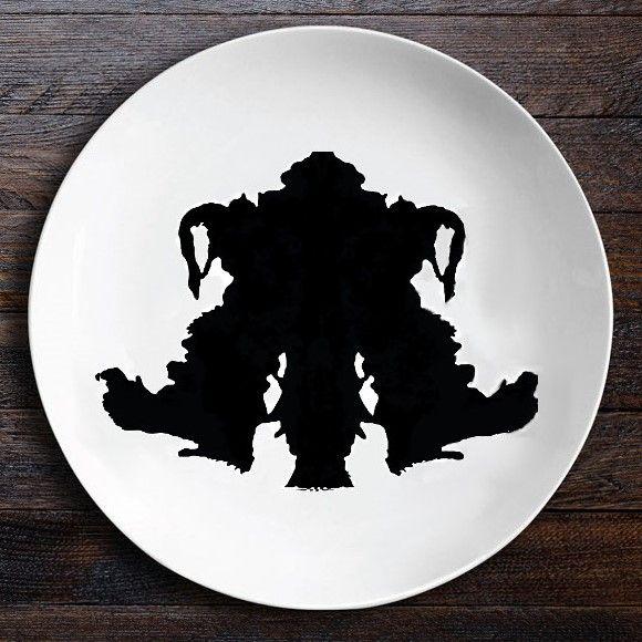 Набор тарелок «Ужин с Роршахом», Близнецы/Байкер O105
