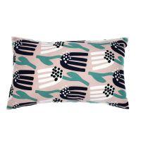 Чехол для подушки цвета пыльной розы с графичным принтом Lazy flower Cuts&Pieces, 30х50 см TK18-CC0004