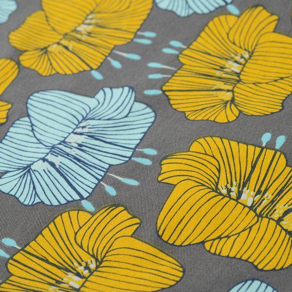 Дорожка на стол из хлопка серого цвета с принтом Цветы из коллекции prairie TK20-TR0007